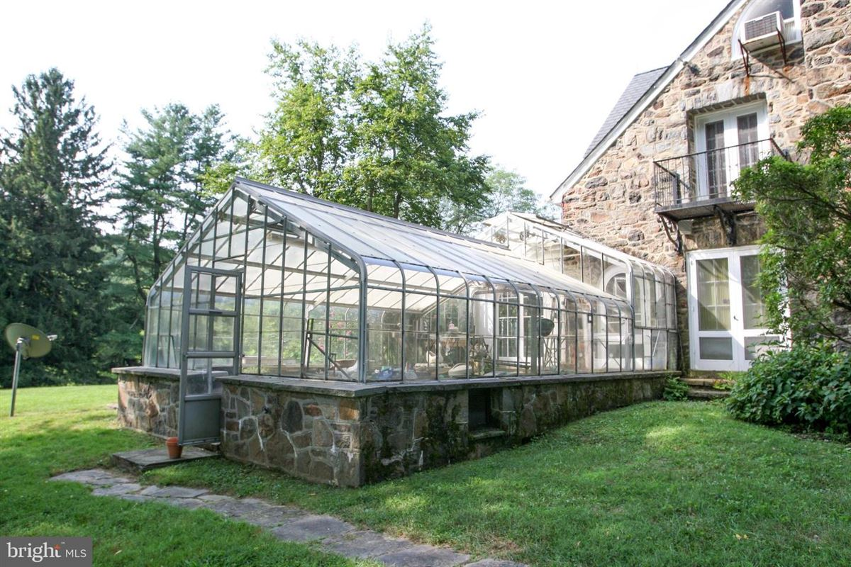 Luxury properties gracious home