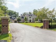 Stately chateau  luxury homes
