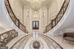 Luxury homes master craftsmanship