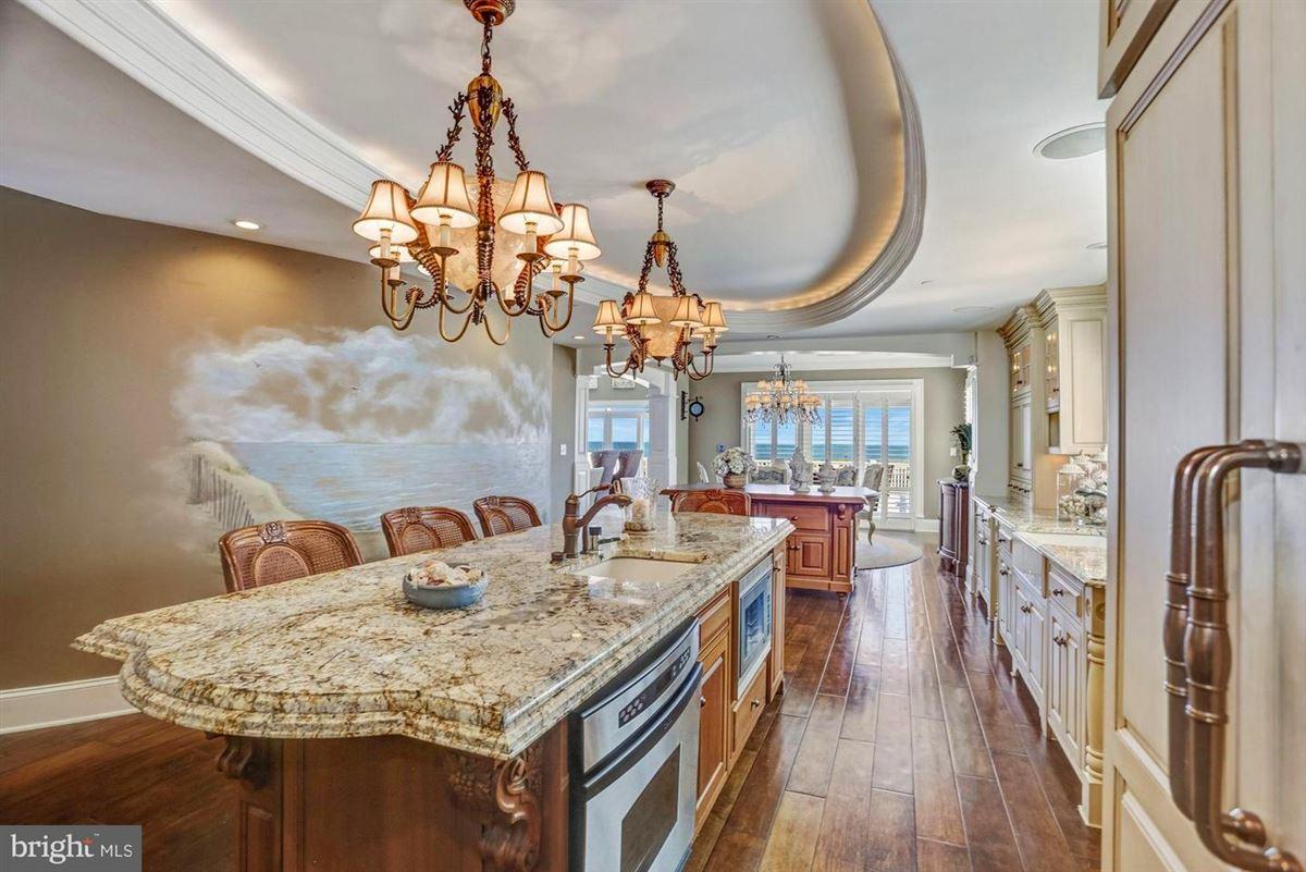 Luxury homes majestic Rehoboth Beach home