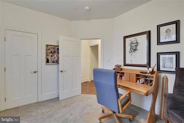 six acres along Chesapeake Bay luxury properties
