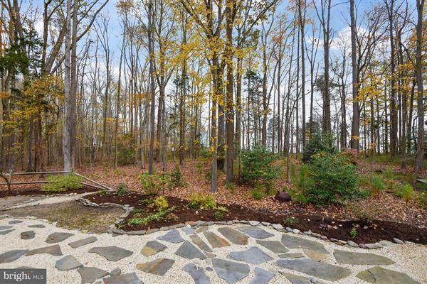 six acres along Chesapeake Bay mansions