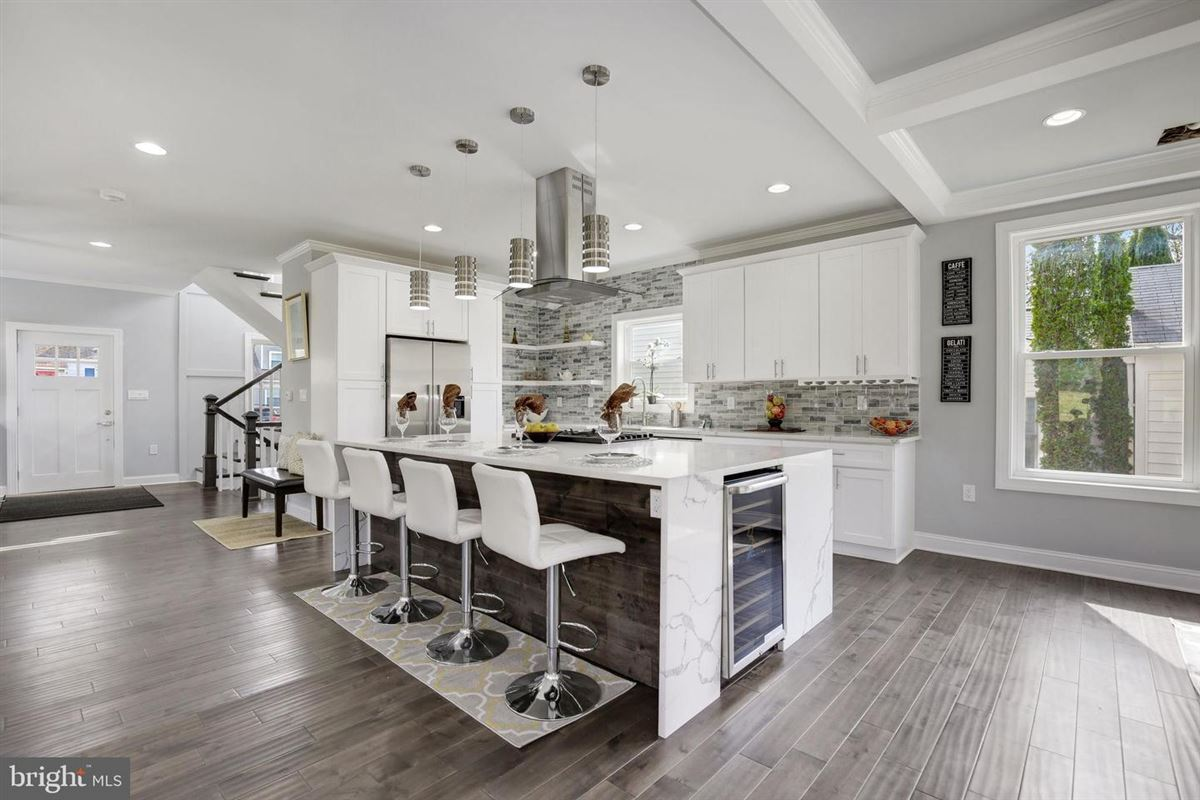 Extraordinary innovative custom new build luxury properties