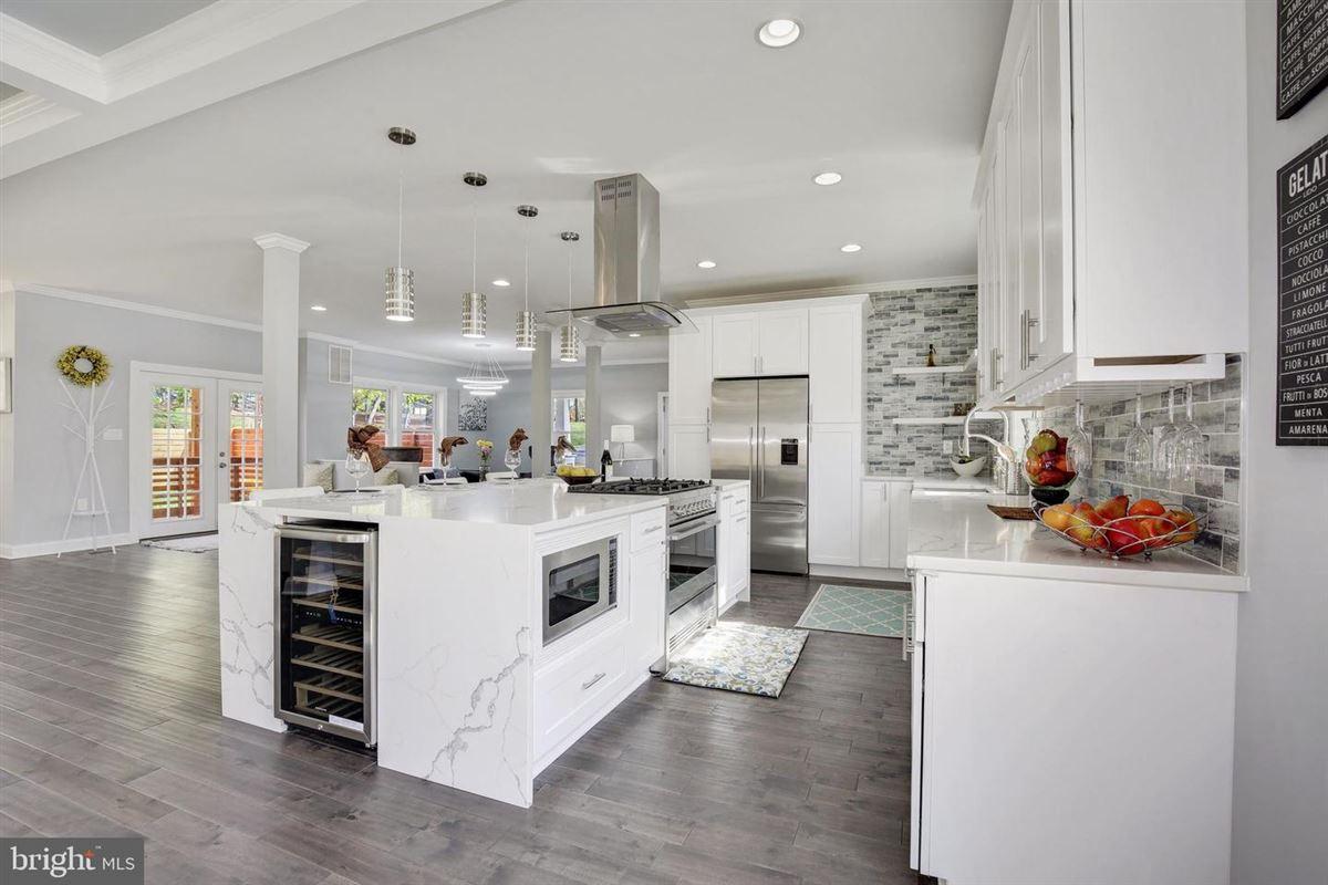 Extraordinary innovative custom new build mansions