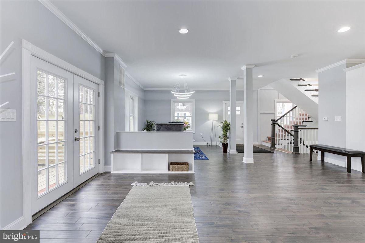 Luxury properties Extraordinary innovative custom new build