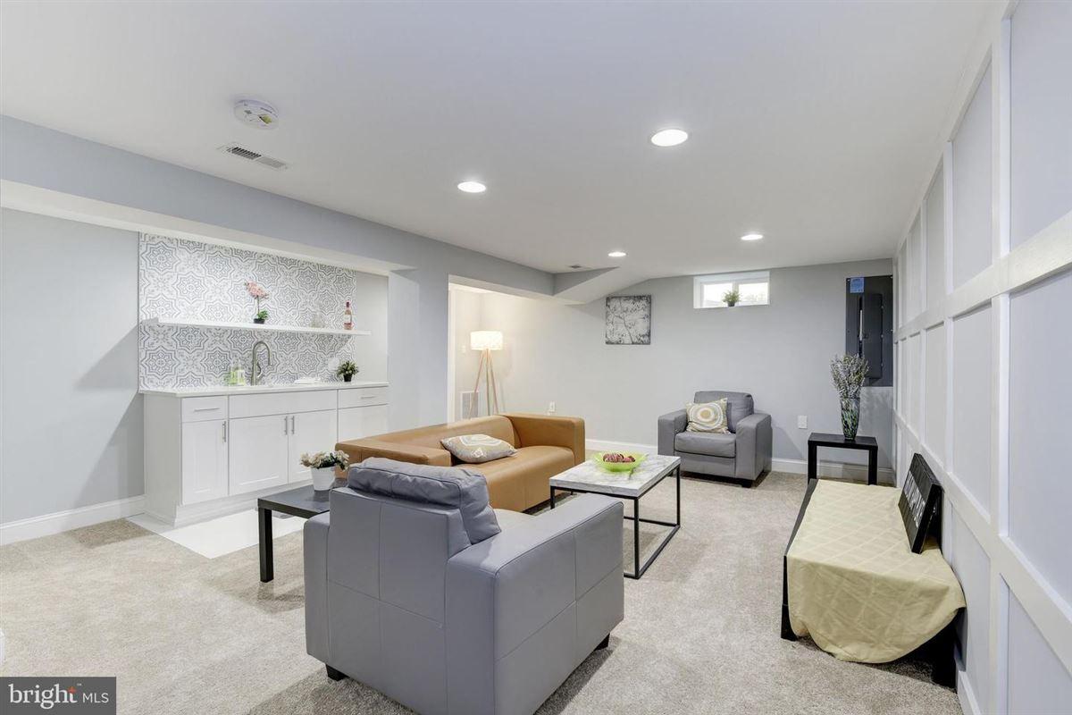 Extraordinary innovative custom new build luxury homes