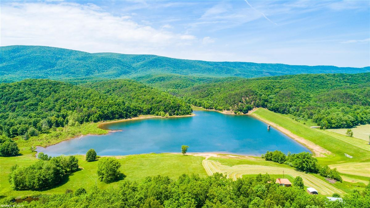 203 acre retreat including private lake luxury properties