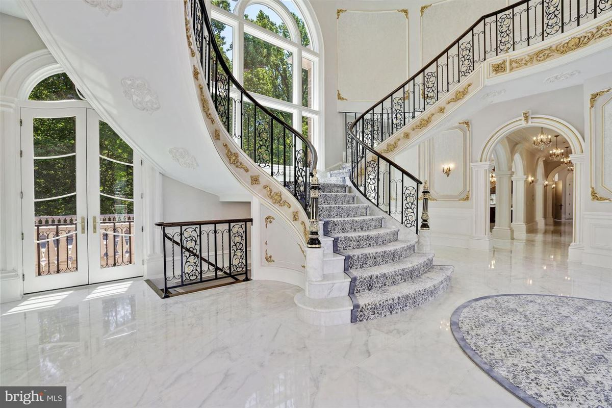magnificent Beau Arts-style mansion luxury homes
