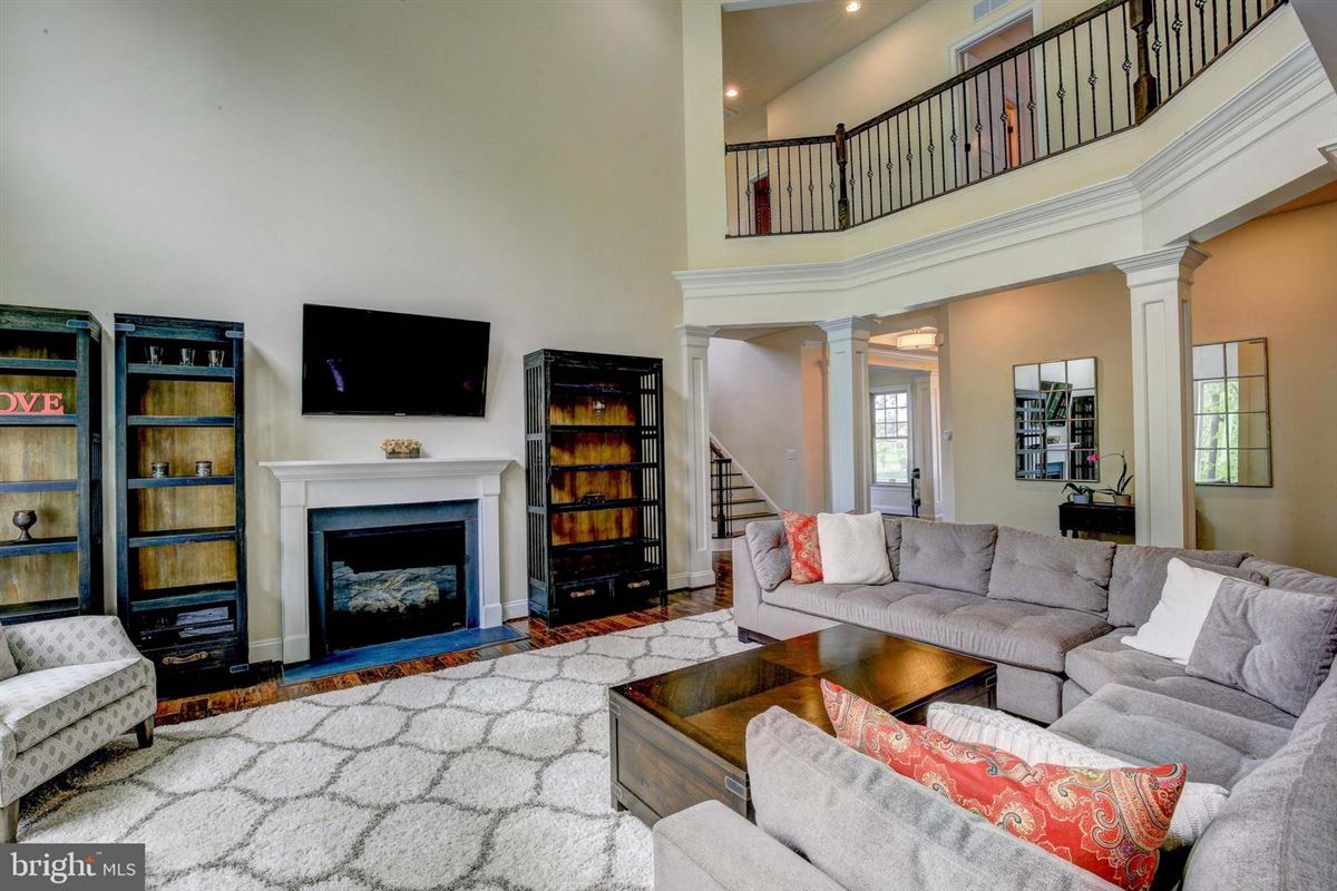 Luxury properties special home in Wincopia Farms