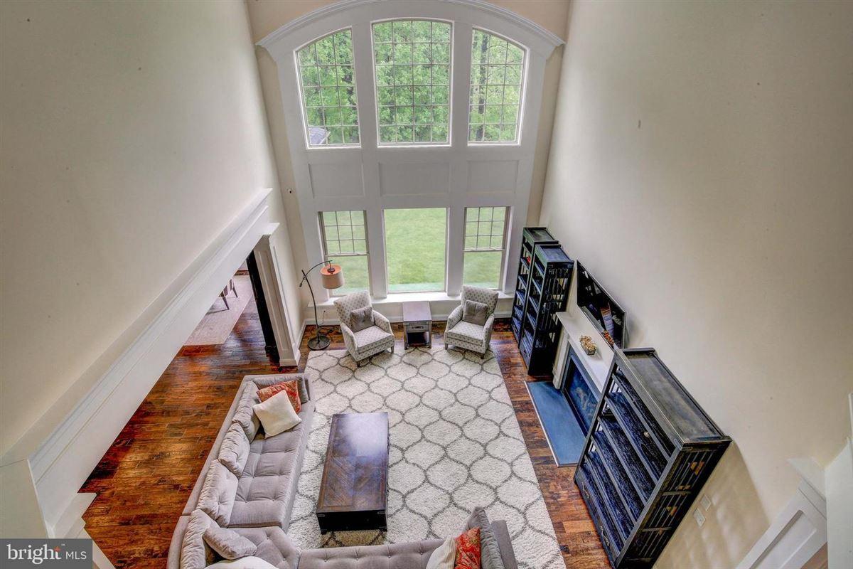 Mansions special home in Wincopia Farms