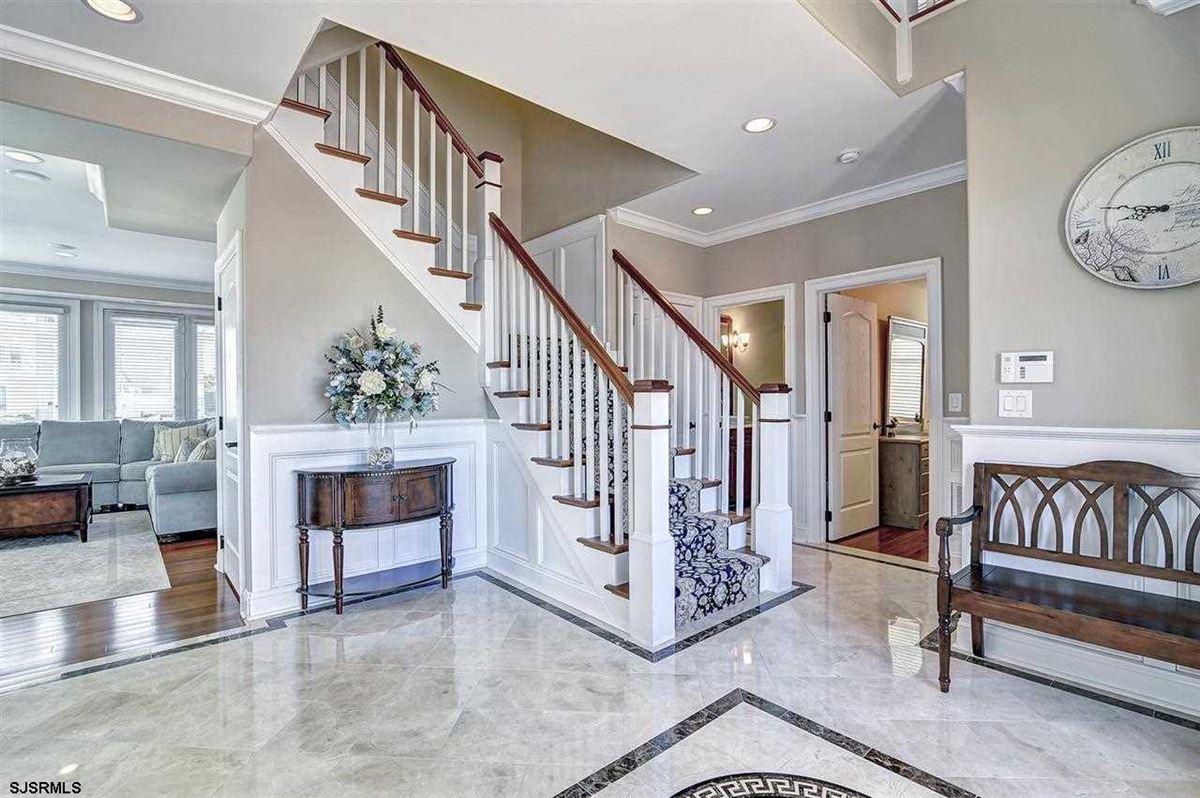 Luxury real estate Fabulous custom built lagoon-front home