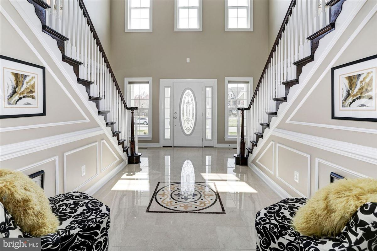 Luxury real estate stately bowie mansion