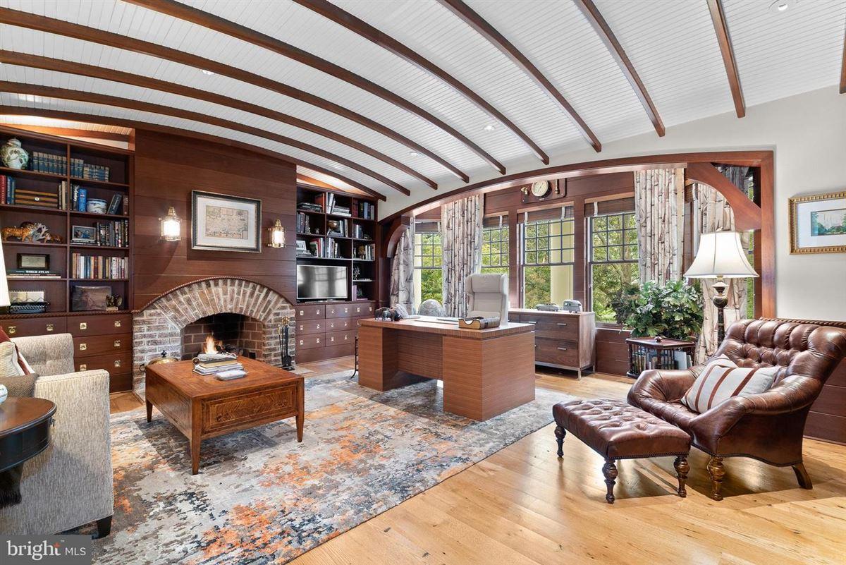 Mansions sprawling Nantucket-style estate