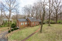 Mansions two acres in convenient location