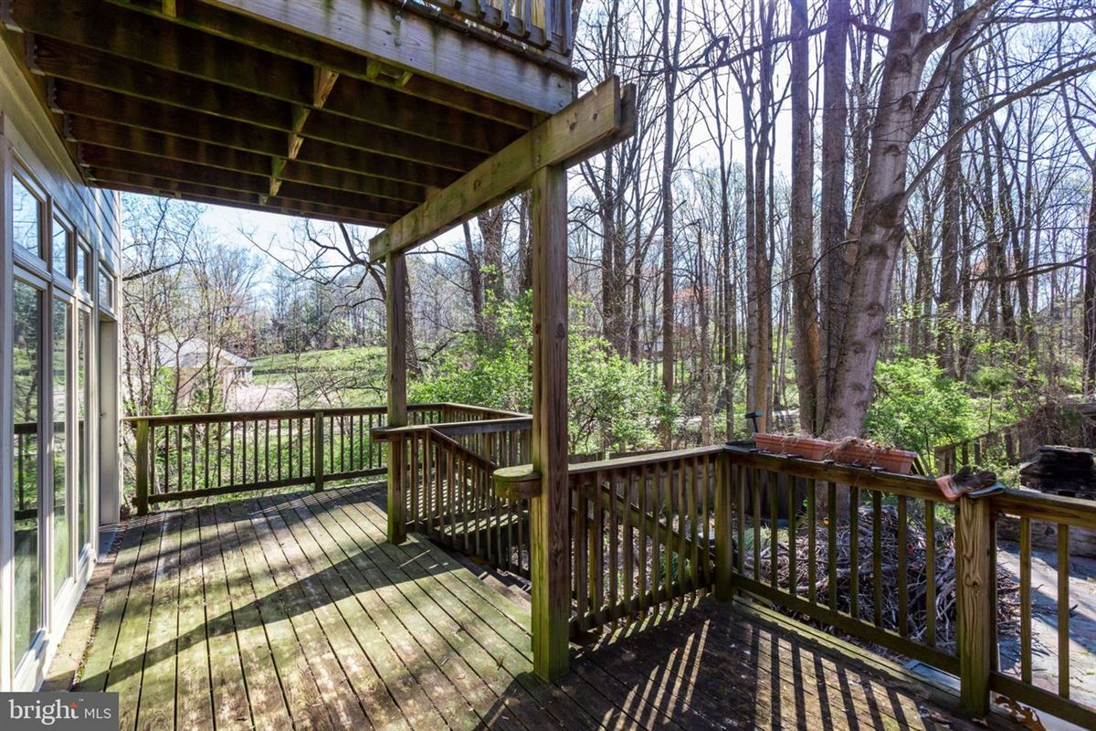 two acres in convenient location luxury homes