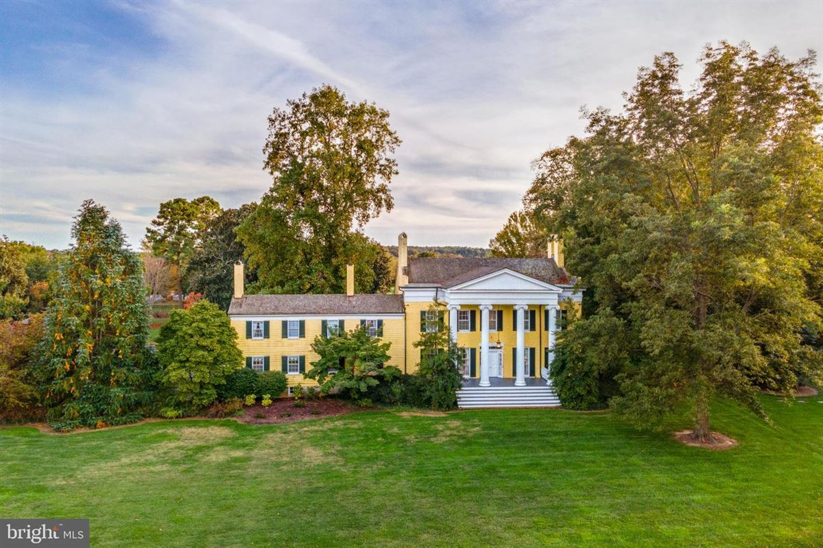Mansions Fairview Estate