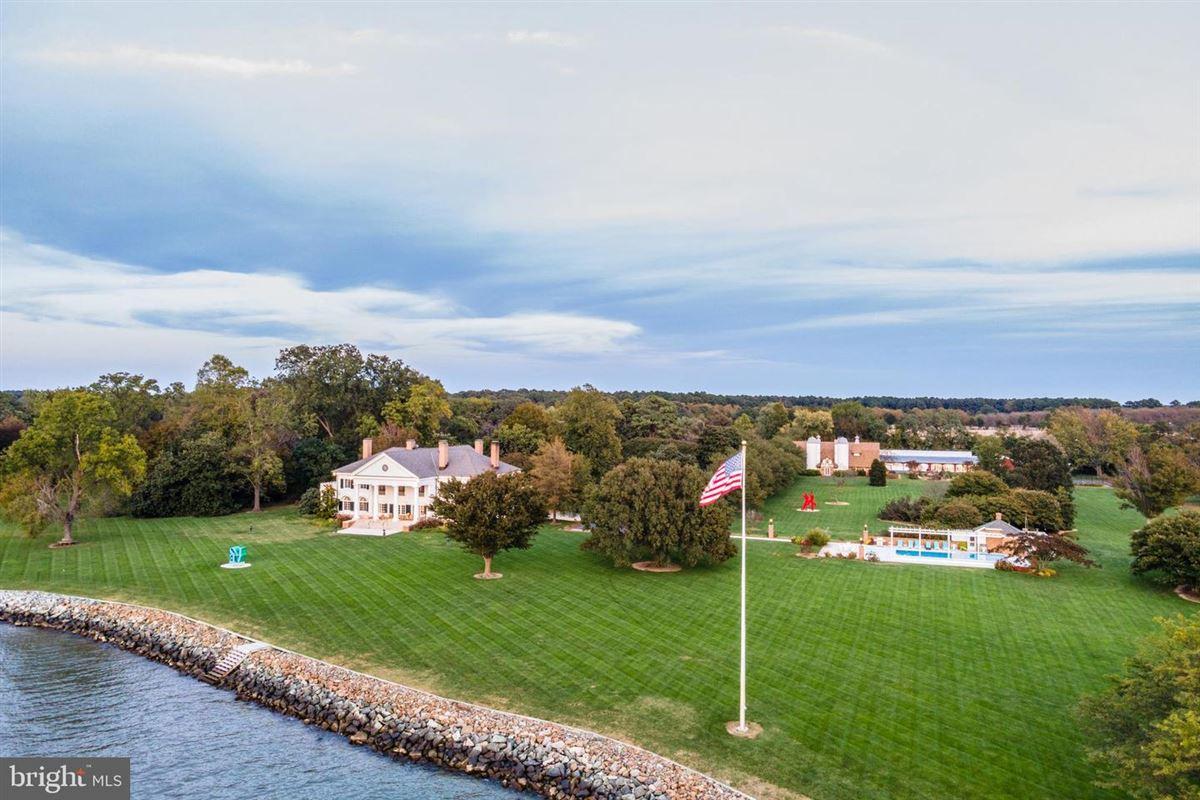 Luxury properties Fairview Estate
