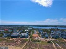 Mansions pristine oversized oceanfront lot