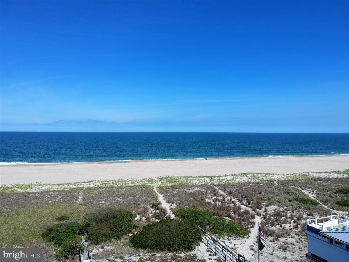 Luxury real estate pristine oversized oceanfront lot