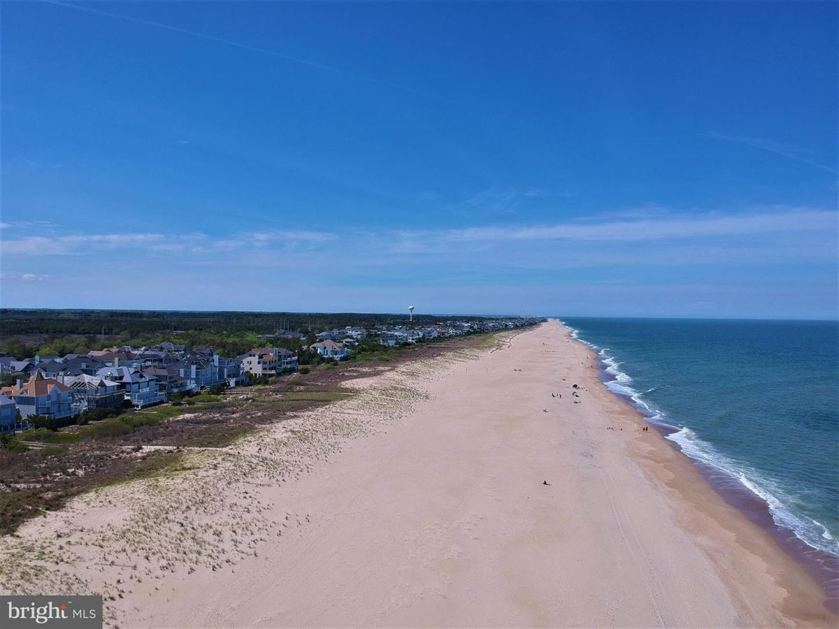 pristine oversized oceanfront lot luxury real estate