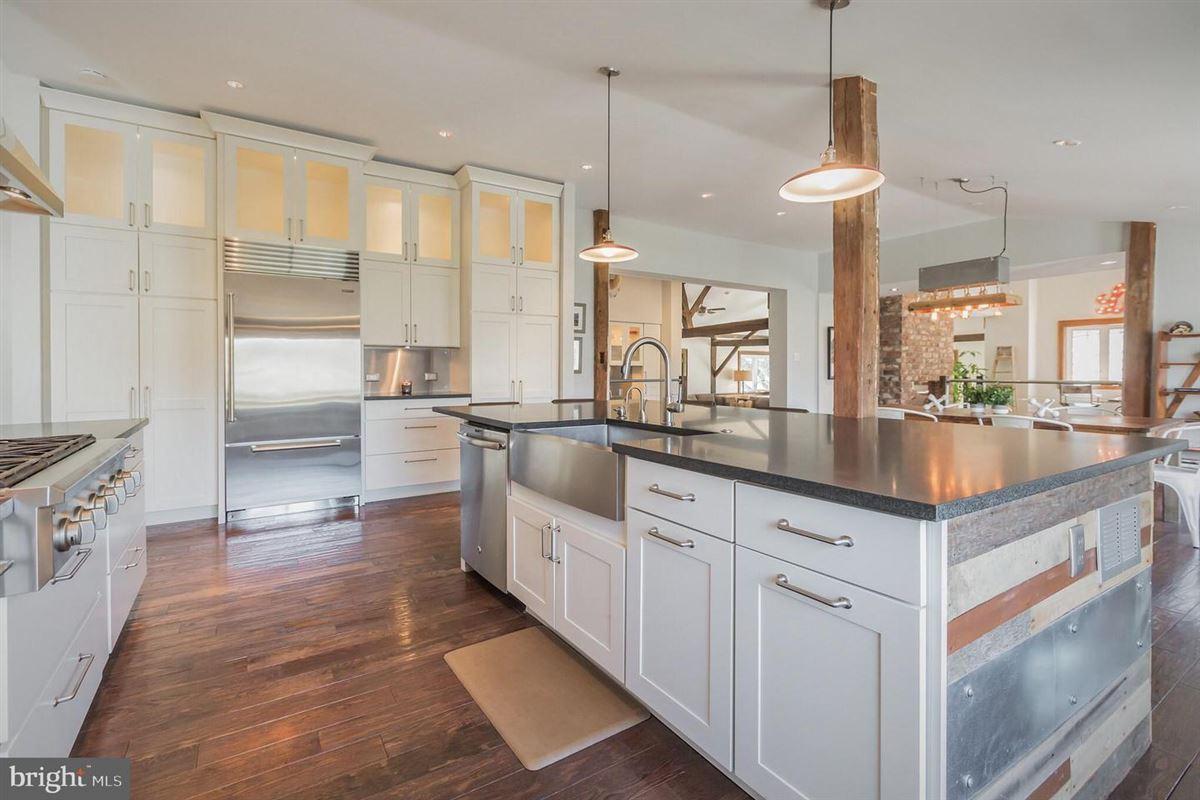 Luxury homes modern rustic luxury