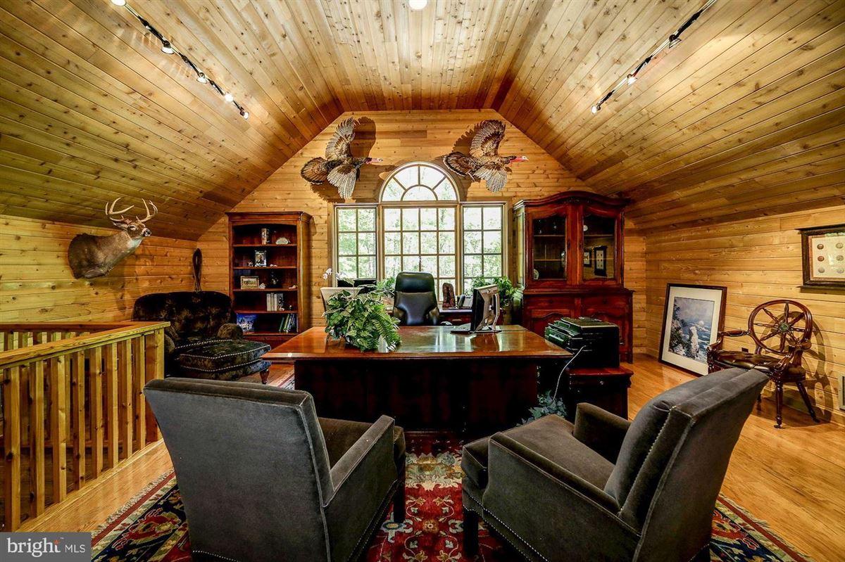 Mansions EAGLECREST - magnificent 140-acre estate