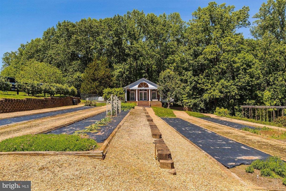 EAGLECREST - magnificent 140-acre estate luxury properties