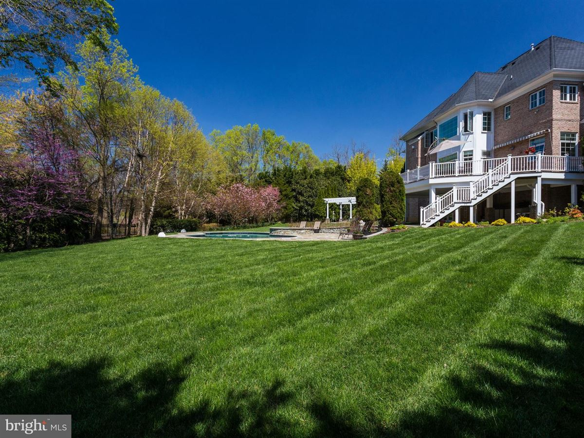 Luxury properties magnificet gated estate beautifully appointed