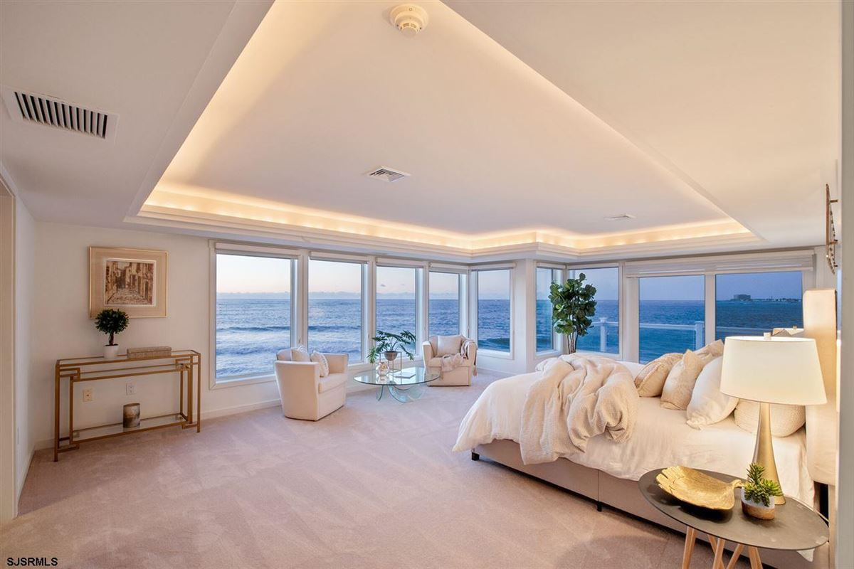 Luxury homes The Point of Longport