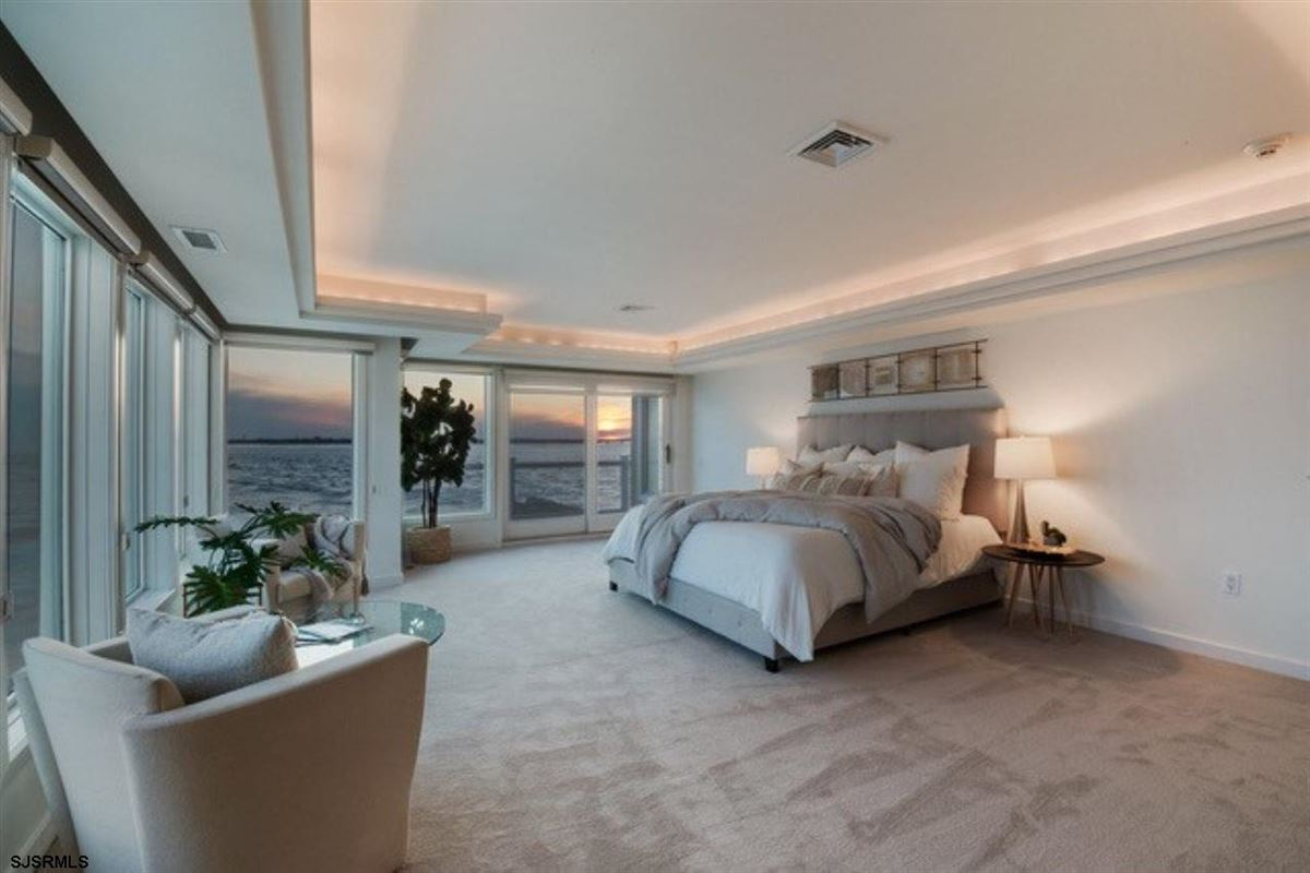 The Point of Longport luxury homes