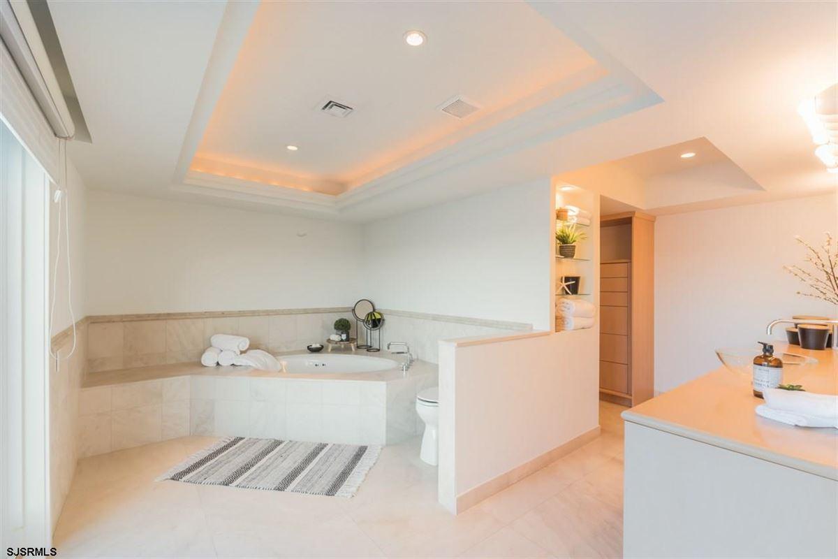 The Point of Longport luxury properties