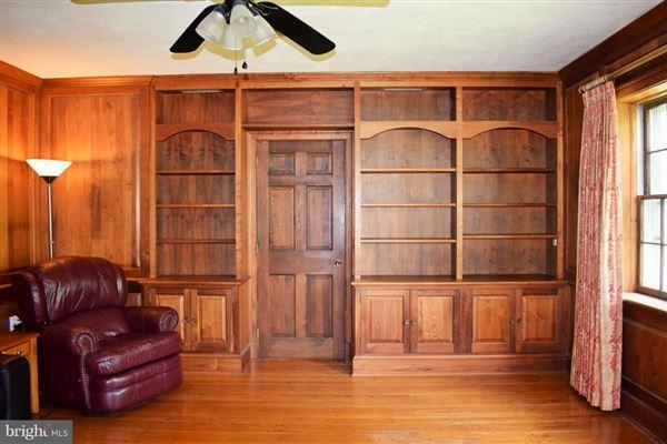 Mansions in custom rambler on 50 acres