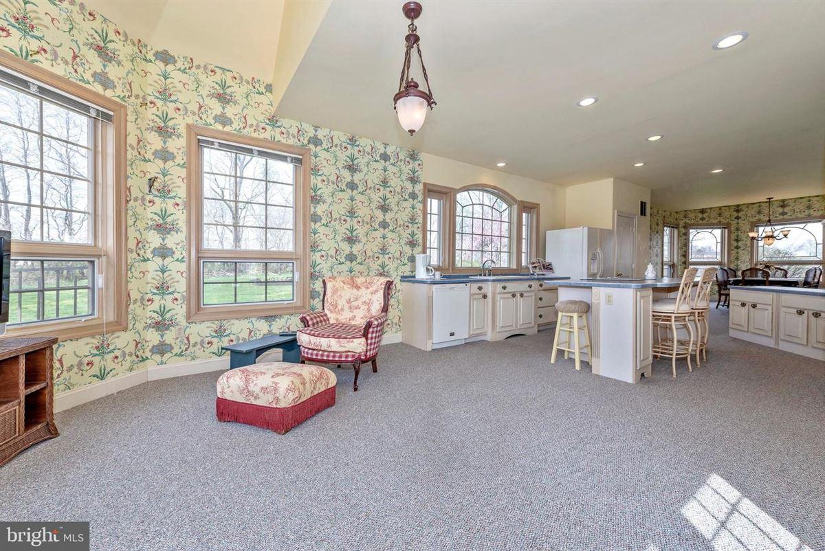 Luxury properties dream oasis of 25-plus acres