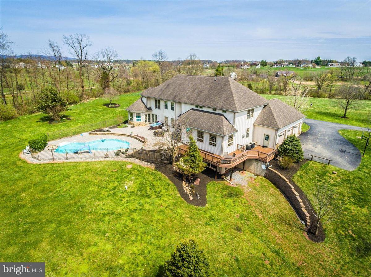 dream oasis of 25-plus acres mansions