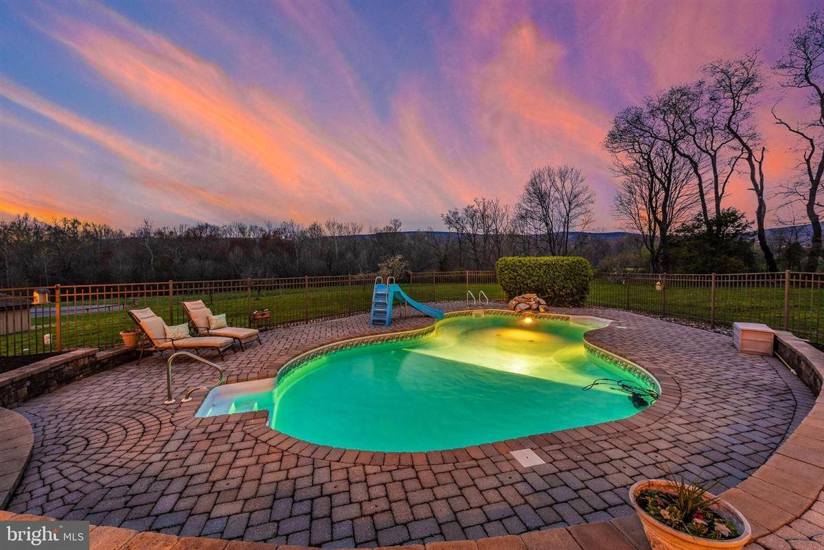 dream oasis of 25-plus acres luxury real estate