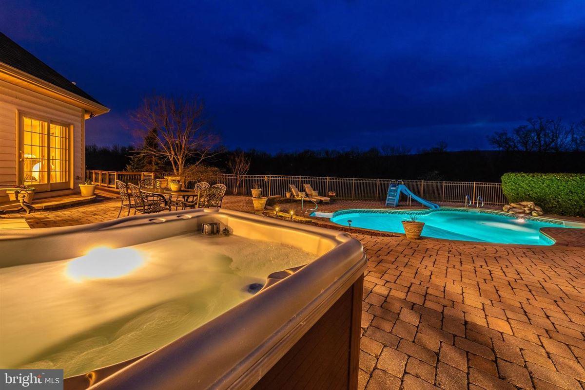 dream oasis of 25-plus acres luxury properties