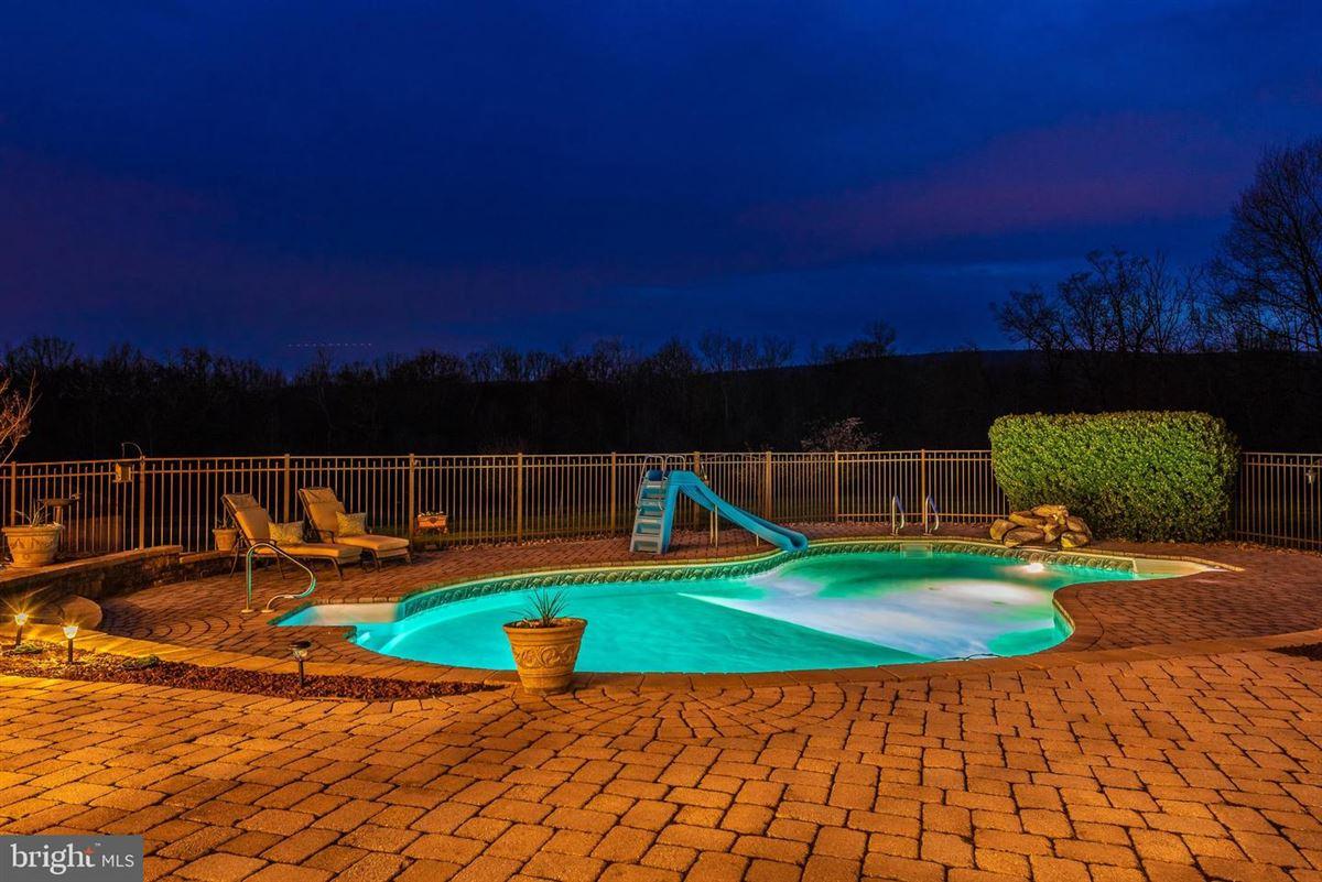 Mansions dream oasis of 25-plus acres