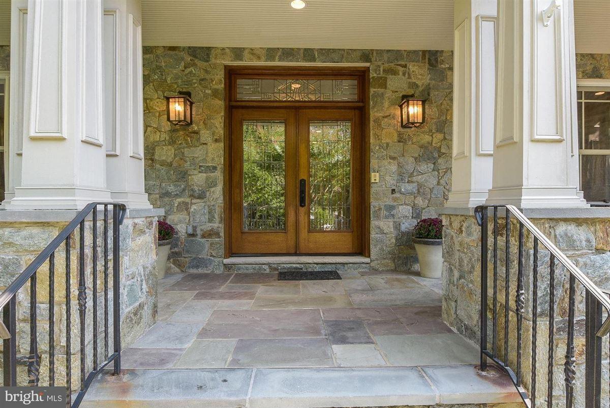 spectacular custom-built craftsman home luxury homes