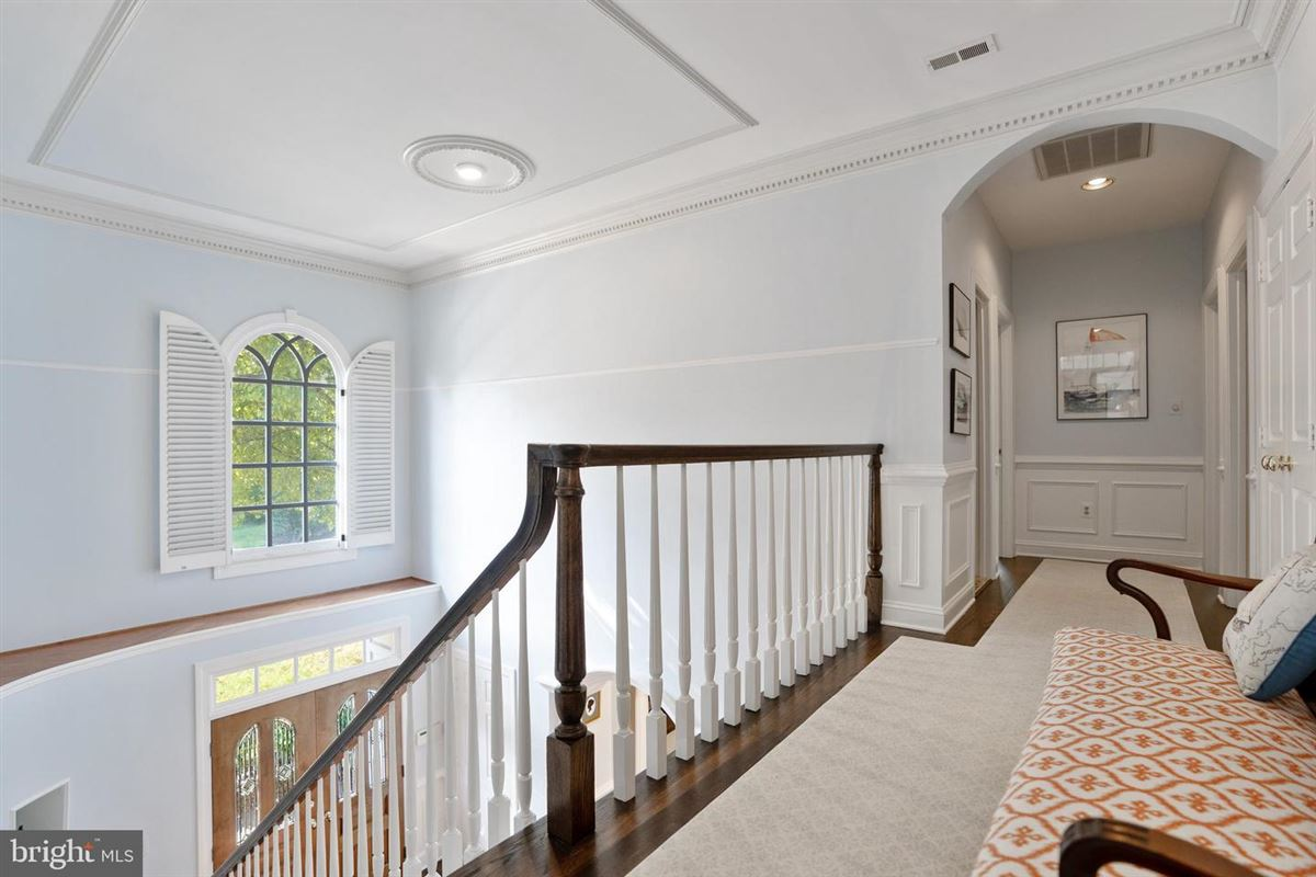 Elegant classic colonial home luxury real estate