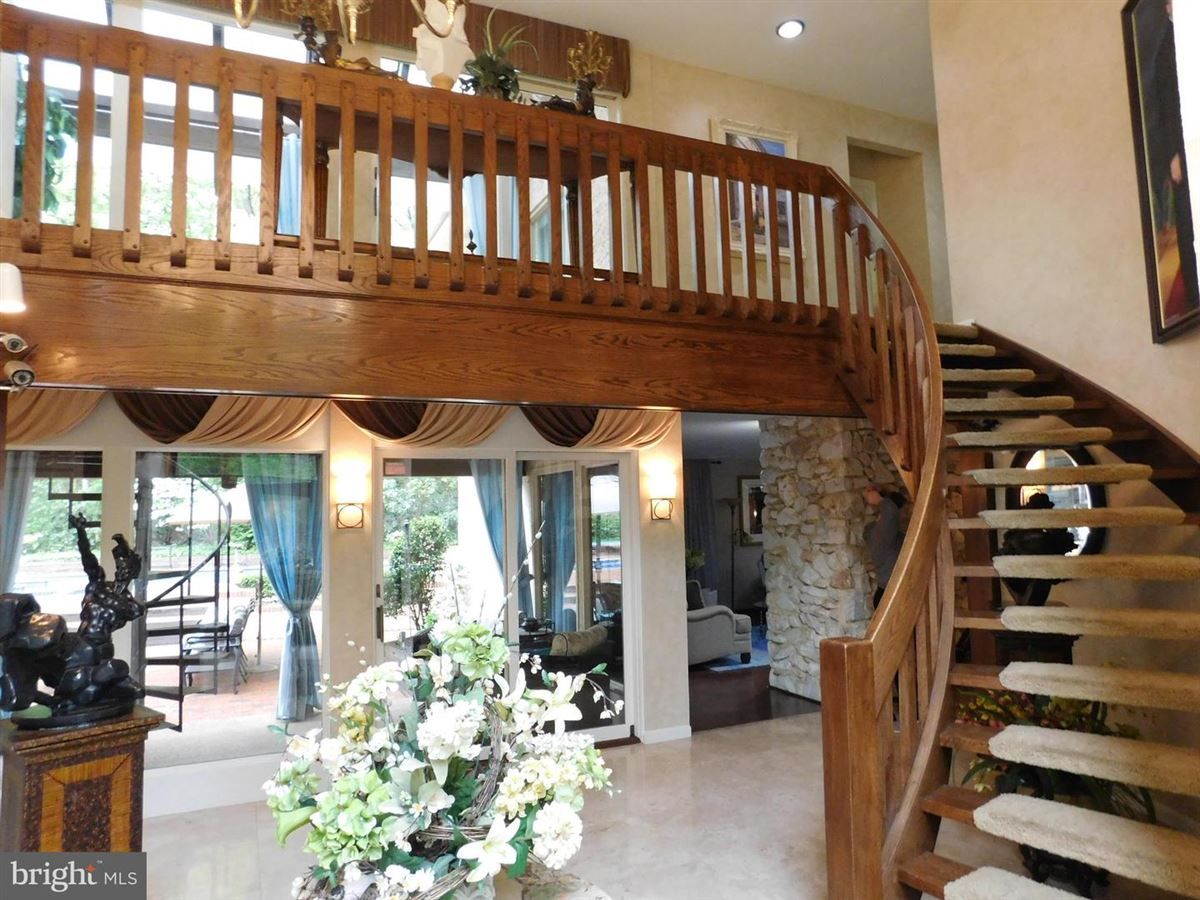 Luxury homes This home has it all