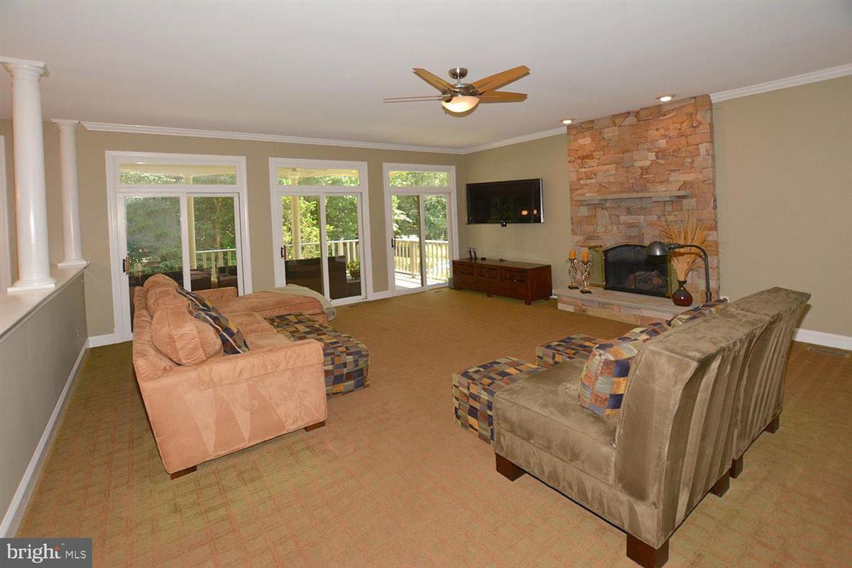 beautiful six bedroom in amazing location luxury properties