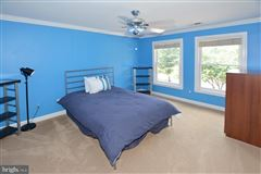 Luxury homes beautiful six bedroom in amazing location