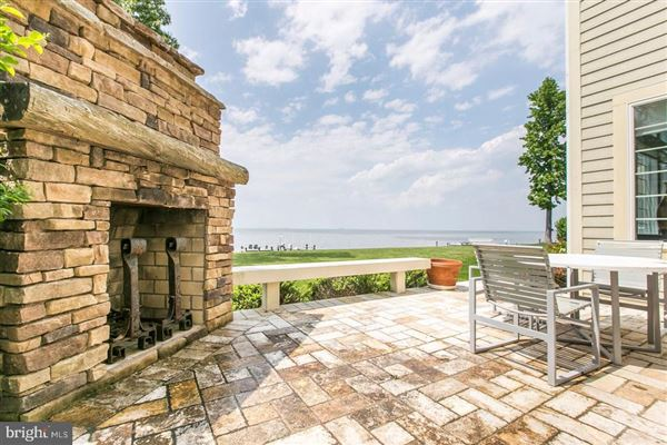 Luxury real estate renovated colonial overlooking the bay