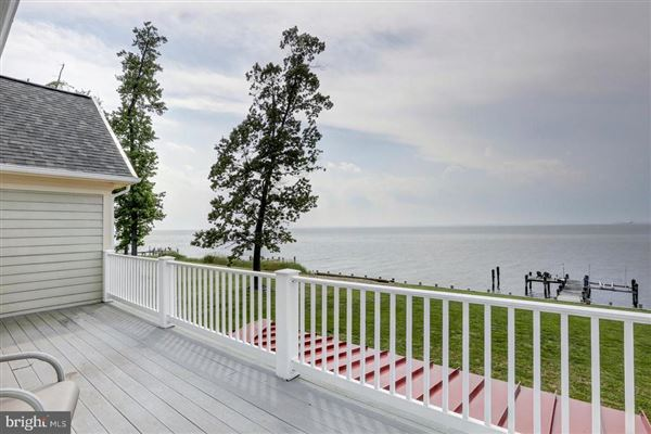 Luxury properties renovated colonial overlooking the bay