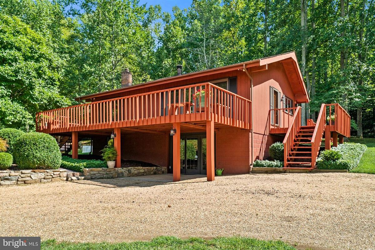 unique 59-acre property luxury properties
