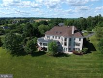 Mansions Custom Built home overlooking western run