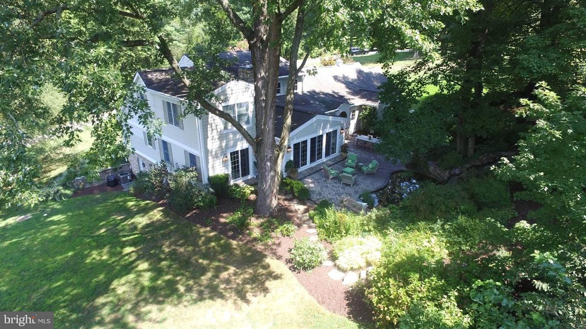 Mansions in Truly an exceptional home in the heart of ruxton