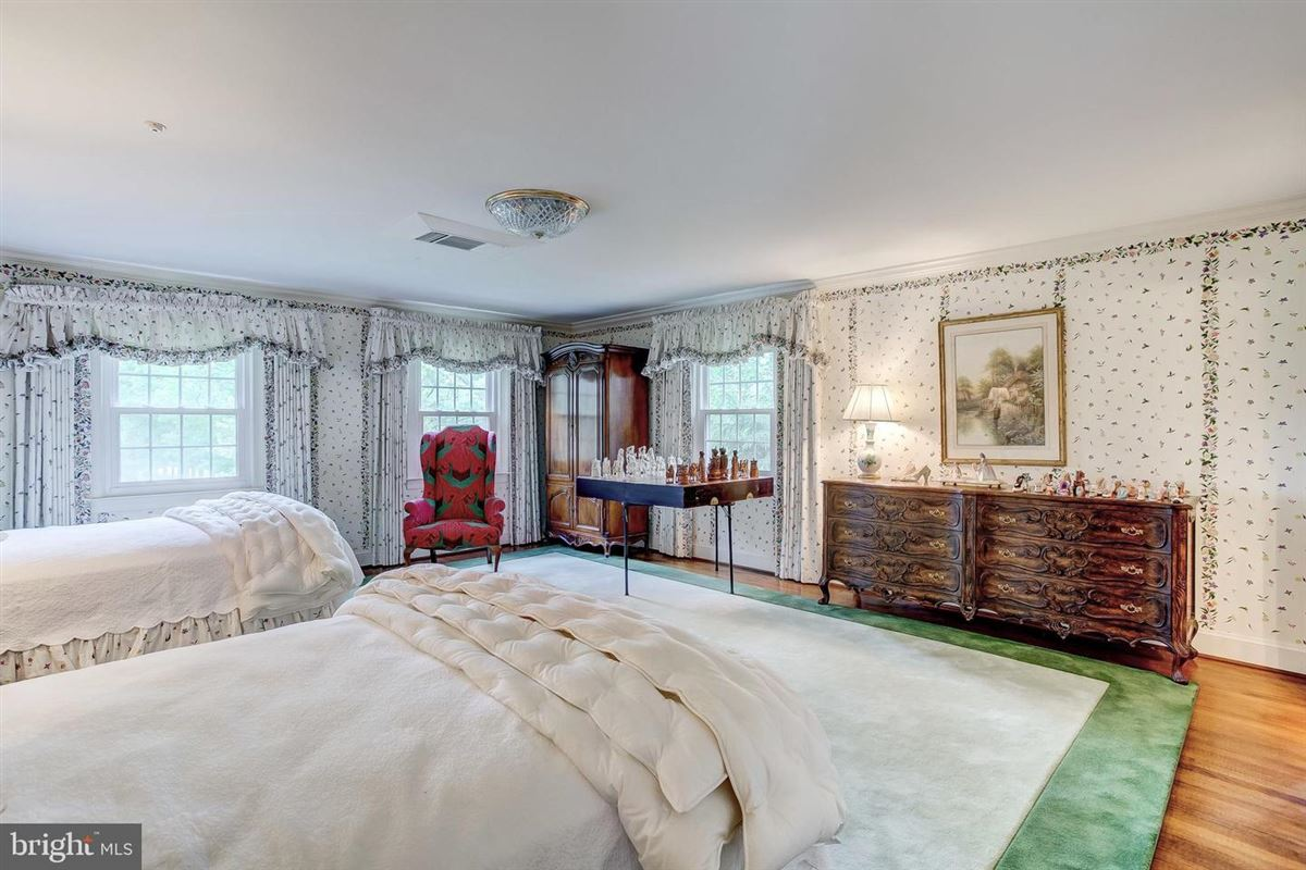 Mansions in elegant Southern Colonial on nearly 10 acres