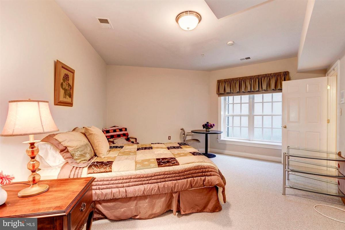 Elegant andSpacious brick colonial in a prime location luxury properties