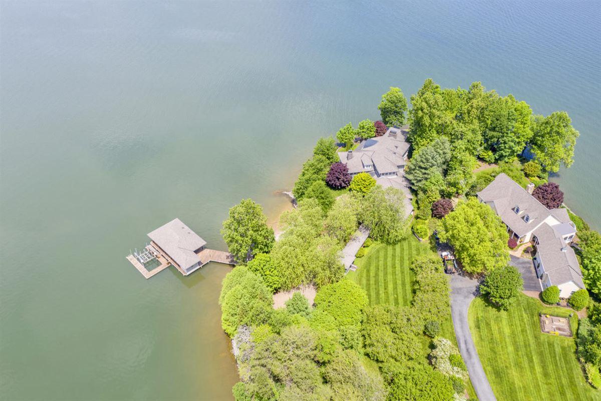 Smith Mountain Lake home luxury homes